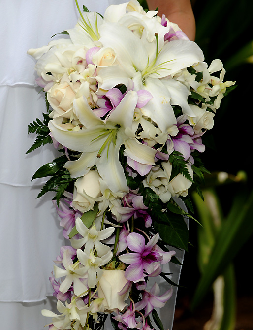 Wedding Flowers On Oahu : Hawaiian island weddings bridal bouquet gallery