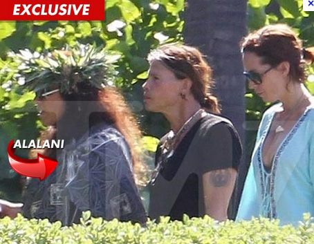 Steven Tyler with Kahu Alalani Hill and Erin Brady