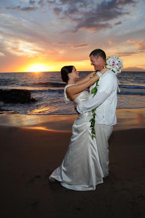 Maui Weddings - Molokini Sunset Wedding