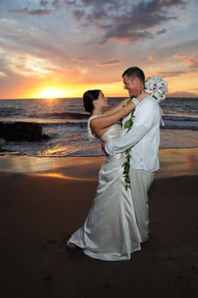 Simple Beach Weddings on Maui, Oahu, Kauai, Hawaii